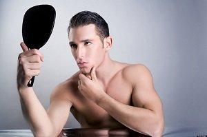 Sei attratto, o stai con un partner narcisista? Attento alle possibili sofferenze!